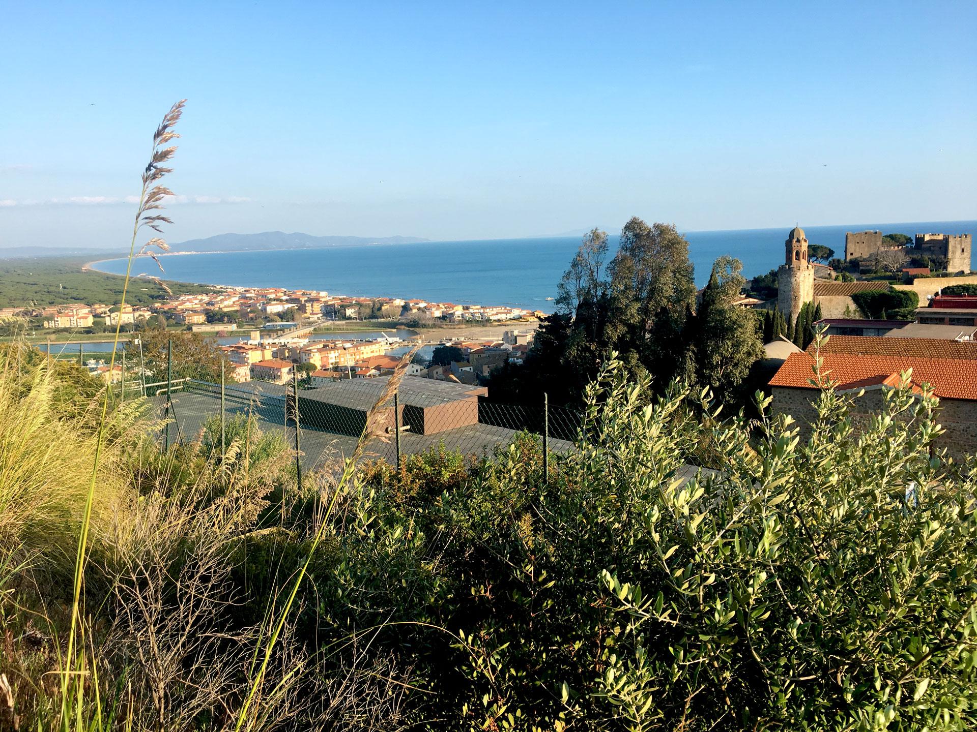 Agriturismo a Castiglione della Pescaia con piscina vicino al Mare vista Promontorio Castiglione della Pescaia